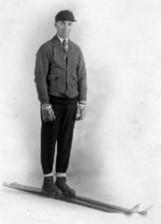 Julius Blegen var en del av det første styret, han utvandret senere til USA og fortsatte karrieren der.